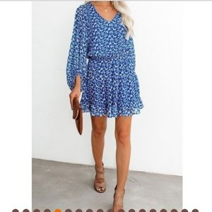 New Boutique Lantern Sleeves Floral Tunic Dress